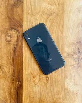 Iphone XR | No Scratch | Warranty Just Expired