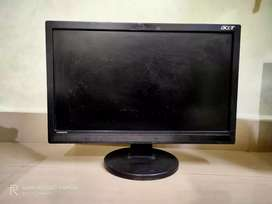Acer 18 inch monitor