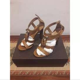 Sepatu Gucci Asli Warna Coklat Ukuran 36 (Second - Made in Italy)