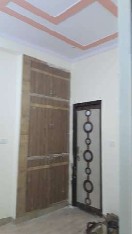 newly constructed flats on at less rates in govindpuram ghaziabad