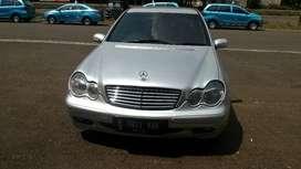 Mercedes Benz c200 pemakai