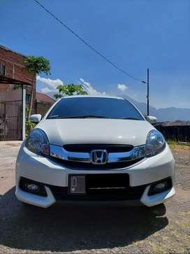 Dijual Honda Mobilio E 1.5 M/T Tahun 2014 Pemakaian 2015 Warna putih