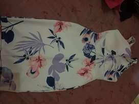 Dres white motif