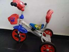 Sepeda anak roda 3