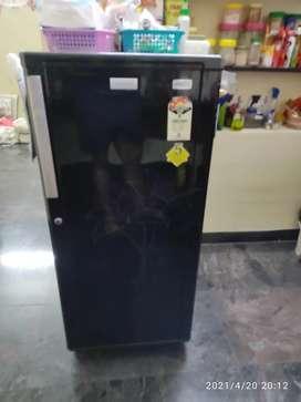 190L Single door refrigerator Electrolux