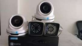 2MP, Combo of 4 HD CLEPTA CCTV cameras with 2 yrs warranty.