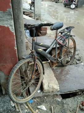 Cycle in vary nice and good condition