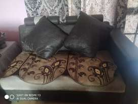 3+2+2 (7 Seater Sofa set) with cover and table
