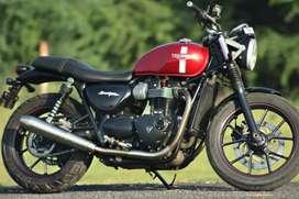 Triumph Street Twin 900 cc