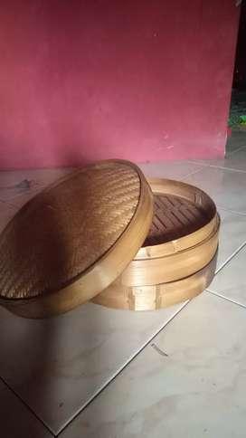Perajin klakat langseng bambu