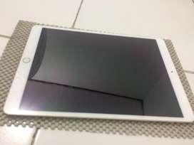 Ipad Pro 10.5 inch, 64GB Wifi - Cellular, bonus apple pencil