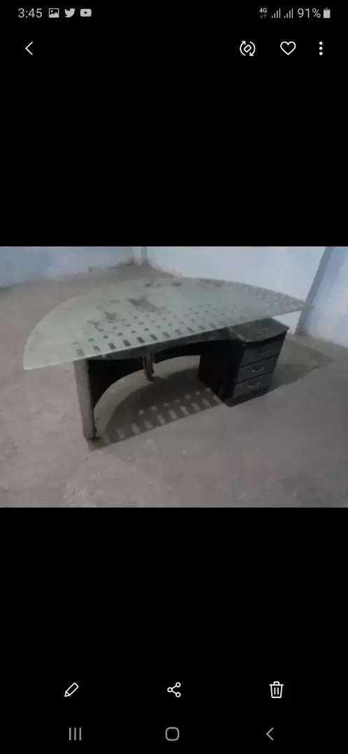 Office table for sale 0