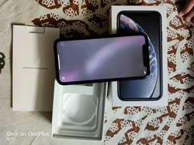 Apple iphone XR 64 mint condition with accessories