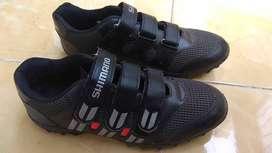 Sepatu Shimano biasa non cleat