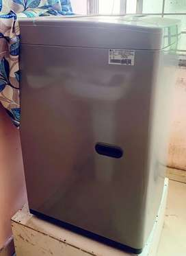 LG washing machine 2 month old