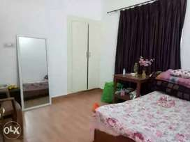Fill independent room available only for girls