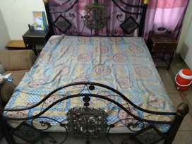 Extra size iron bed with side table just need polish