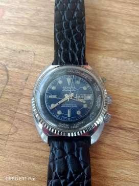 jam tangan antik genova swiss model king diver