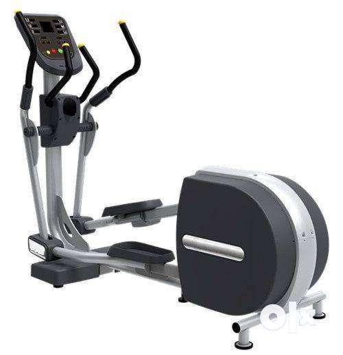**BRAND NEW** CARDIO WORLD ELLIPTICAL BE 900 @COST OF 9500 RS 0