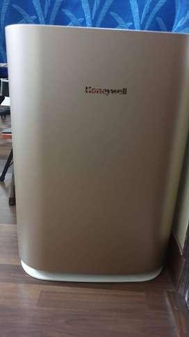 Honey well air purifier