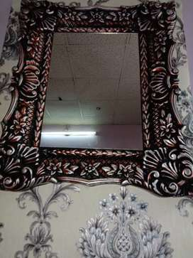 Plastic Decorative Wall Mirror available for sale in cheap price
