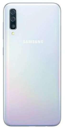 Samsung A70 6/128GB White