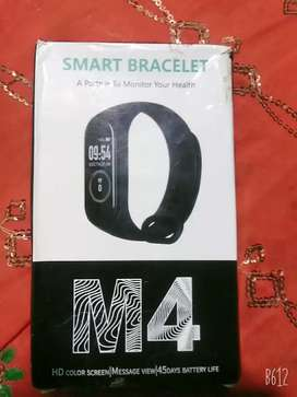 M4 band sport  bp camera  brascelt and fitness band with charger