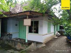 Dijual Rumah di Jalan Imam Bonjol, Kediri