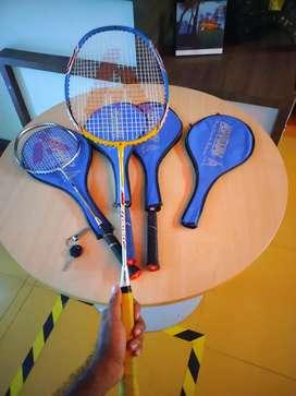 One week used batminton racket