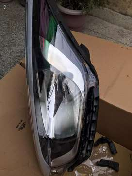 Hyundai i20 sports head lights