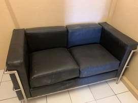 Sofa hitam informa busa lembut kulit kondisi bagus