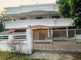 Aluva athani 15cent 3500sqt house 2.25cr