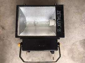 Lampu sorot 400watt. Cocok untuk perkebunan/ladang/kerja proyek jalan