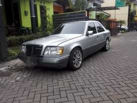 MercBenz E300MT (4P)