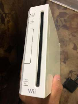 Nintendo wii in amazing condition.