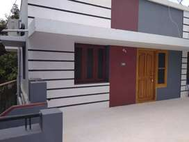 Furnished one bedroom house,airconditioned bedroom,with TV& cable conn