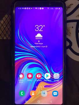 Samsung A7 in mint condition