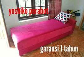 Yoshiko perabot - sofa santai warna pink