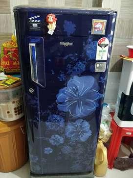 Whirlpool refrigerator 200ltrs