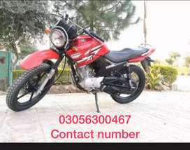 Ybr125 red color