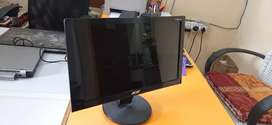 """ACER 15.6""""Monitor USB power"""