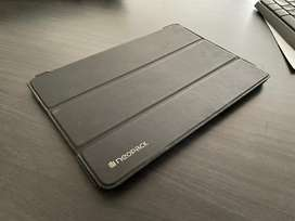 Urgent iPad 9.7 inch Smart CASE only