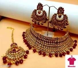 Jewellery Catalog Name:*Feminine Chunky Jewellery Sets*