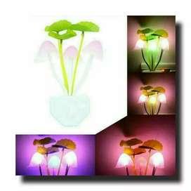 Lampu tidur jamur