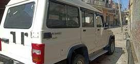 bolero 9 seater pass all paper complete full insurance no accidential