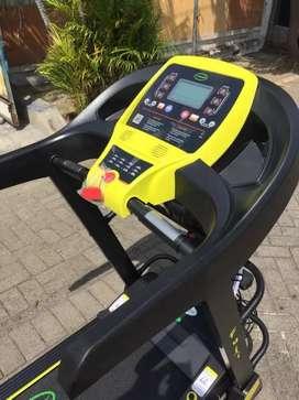 Treadmill Elektrik Fuji // Youngjae GiM 10T11