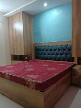 Newly contraction 1bhk 2room Furnished floor for rent in dlf phase 3