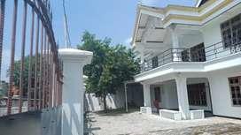 Disewakan rumah 2 lantai di sooko  mojokerto