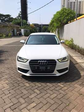 Audi A4 Tahun 2012 KM 50.000 pajak bulan 10/2020 Full Original