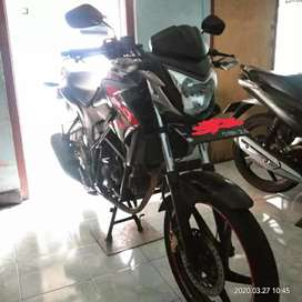 Honda cb150r,surat lengkap,taat pajak